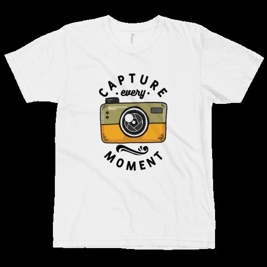 Тениска с щампа Capture Every Moment