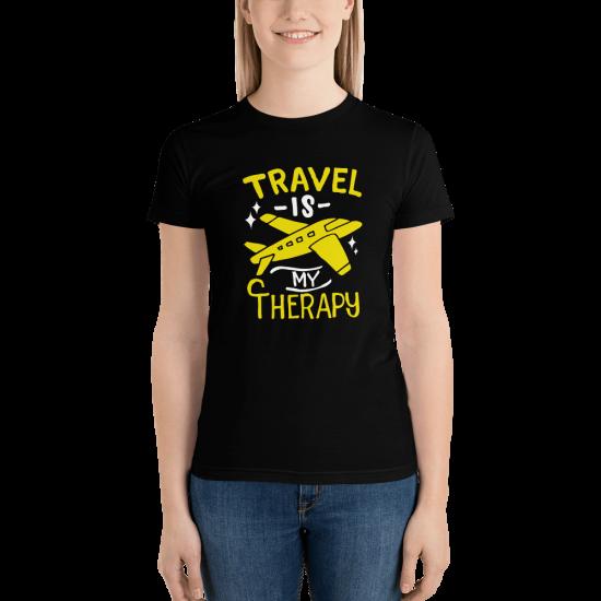 Тениска с щампа Travel is my Therapy