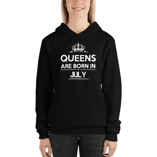Суичър с щампа Queens are born in July