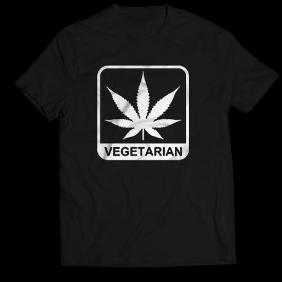 Тениска с щампа VEGETARIAN